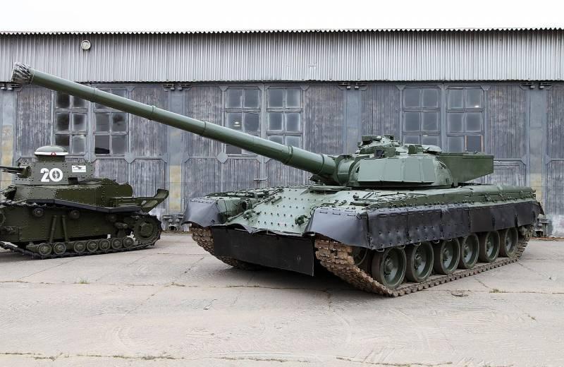 Особенности отечественных танков с орудиями калибра 152 мм