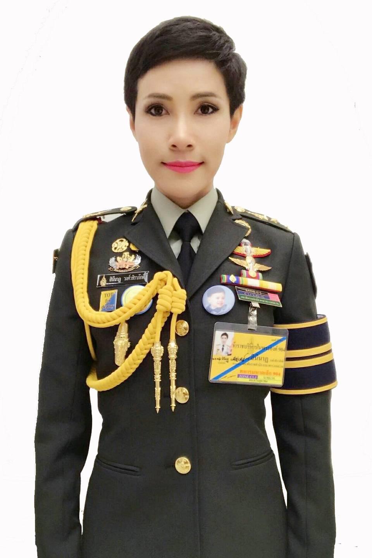 Жена Генерала – Эротические Сцены