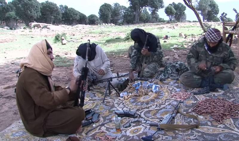 Taliban perto de tomar territórios afegãos perto da fronteira com o Tajiquistão