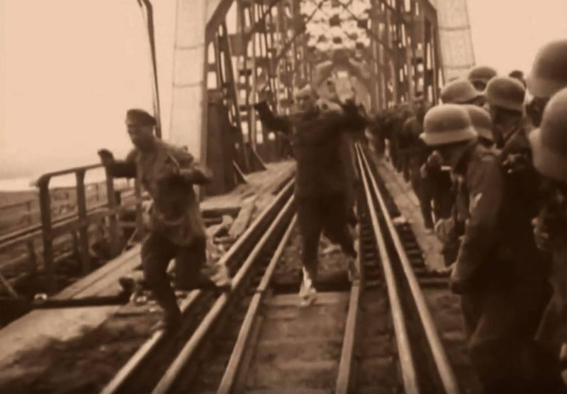 İkinci Dünya Savaşı'ndan sonra savaş esirleri ve beyaz göçmenlerin SSCB'ye geri dönmesi konusunun karmaşıklığı