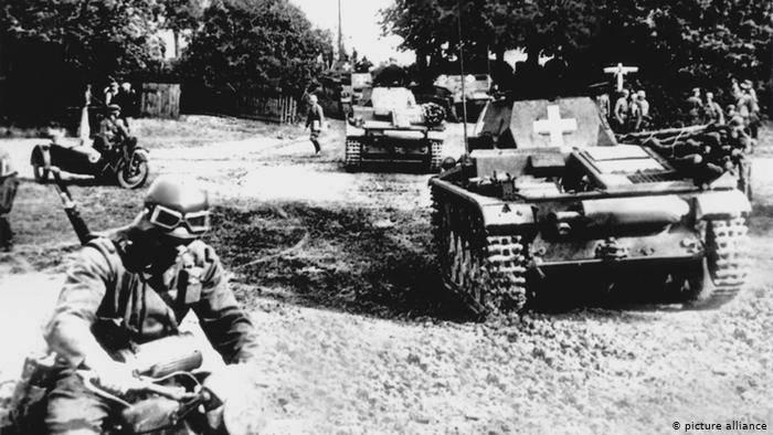 कुटिल पोलिश दर्पण में द्वितीय विश्व युद्ध की शुरुआत की 80 वर्षगांठ