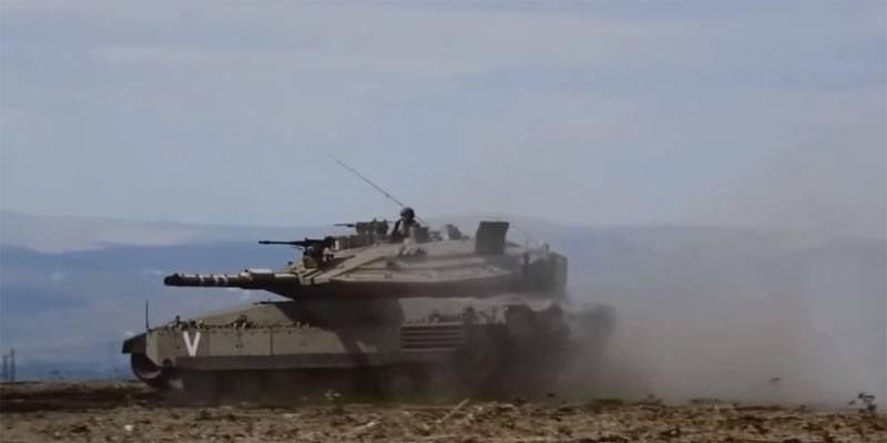 विमान, यूएवी और मर्कवा इजरायल गाजा रॉकेट आग का जवाब देते हैं