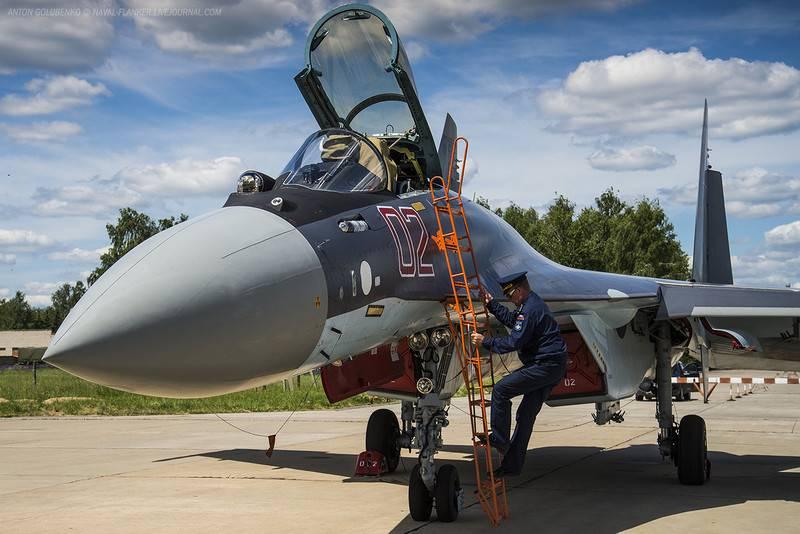 Rússia apresentará o caça Su-35 em uma exposição com Istambul