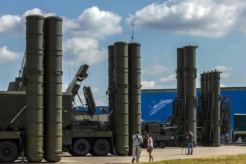 Rostecでは、S-500防空システムの連続生産の開始日が発表されました