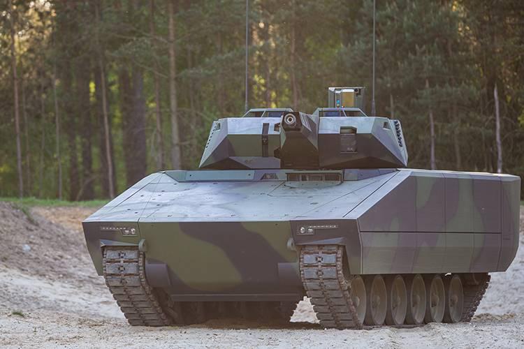 AS21 Redback पैदल सेना लड़ वाहन (दक्षिण कोरिया)। मकड़ी बनाम लिंक्स