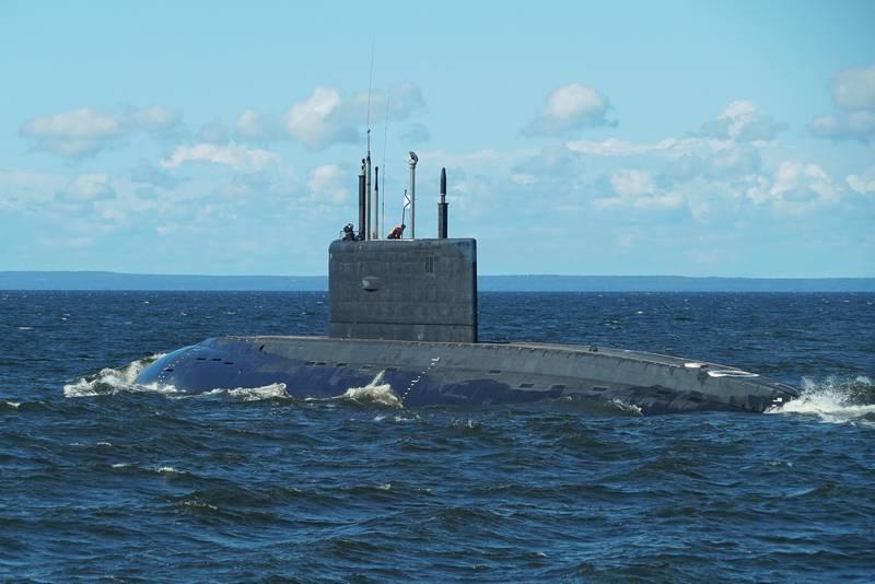 """Die staatlichen Tests der ersten """"Varshavyanka"""" für die Pazifikflotte beginnen im Oktober"""