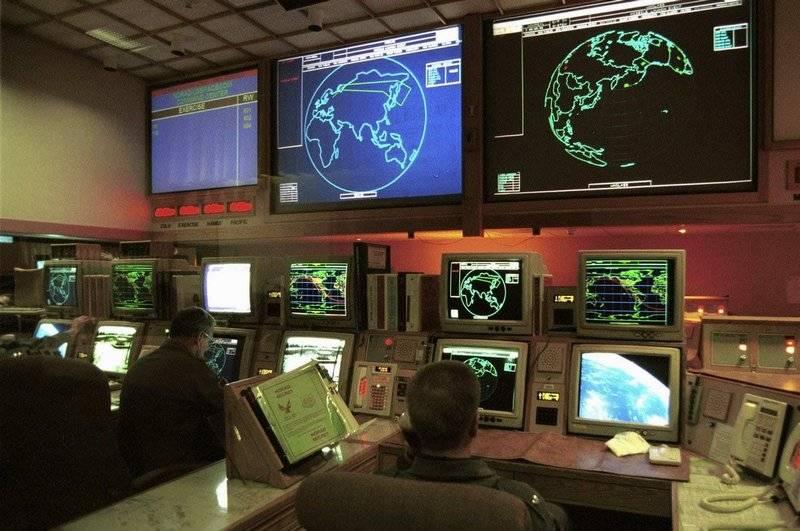 США отказались от внедрения элементов ИИ в управление ядерным оружием