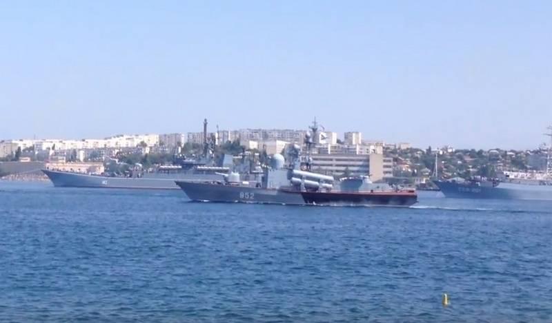舒亚导弹舰上宣布发生大火-这是测试Pantsir-M导弹防御系统的平台