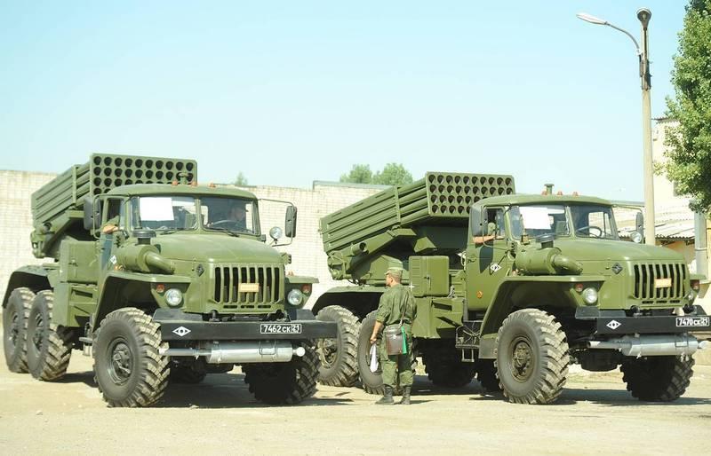"""रक्षा मंत्रालय ने क्रीमिया MLRS """"टोरनेडो-जी"""" की रक्षा को बढ़ाया"""