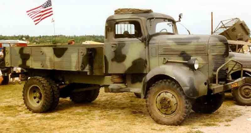 Le premier transport de troupes blindé de Scandinavie. Terrangbil m / 42 KP