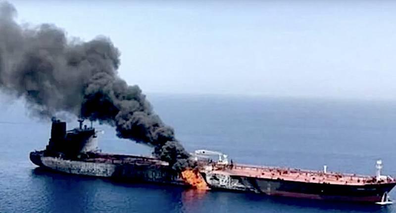 ईरान: सऊदी अरब से मिसाइलों से हमला किया टैंकर