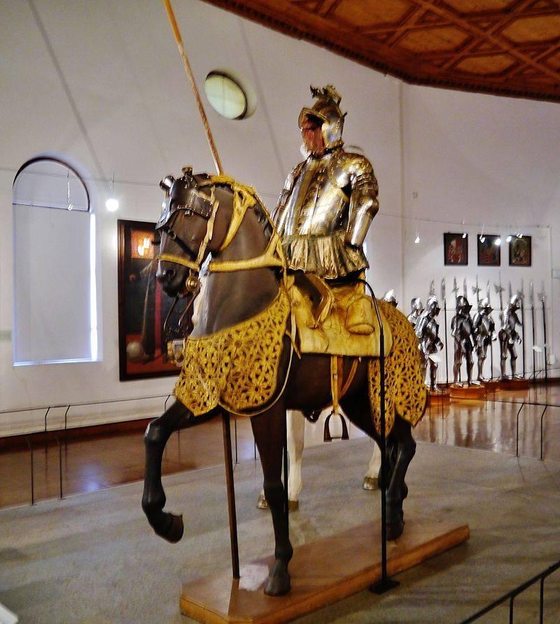 Reiter und Rüstung von Ambras Castle
