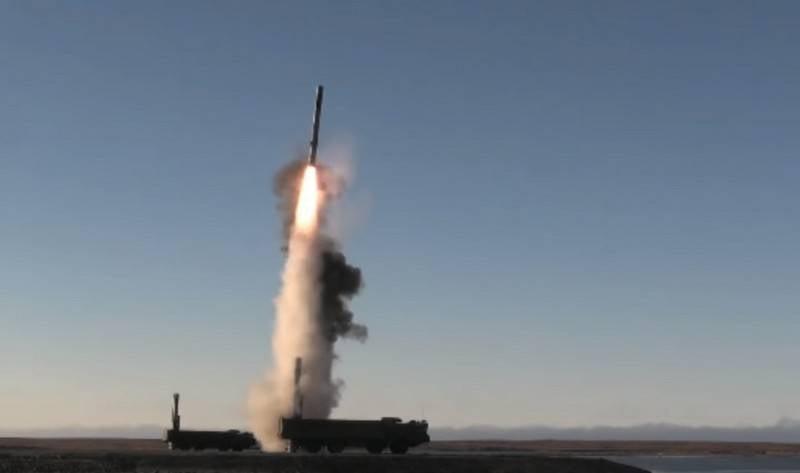 Das Verteidigungsministerium erhielt drei Divisionen der Raketen Bastion und 38 Onyx