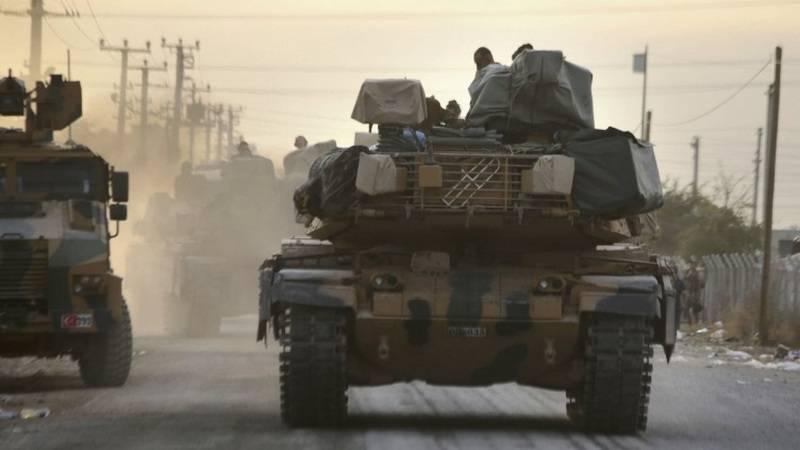 Die türkischen Panzer M-60 gingen mit dem ukrainischen Verteidigungskomplex zu den Kurden