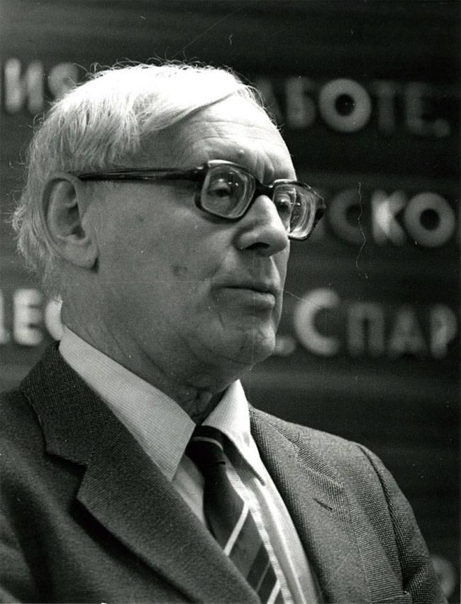 सोवियत संघ को बचाने के लिए बोट्वनिक का विचार