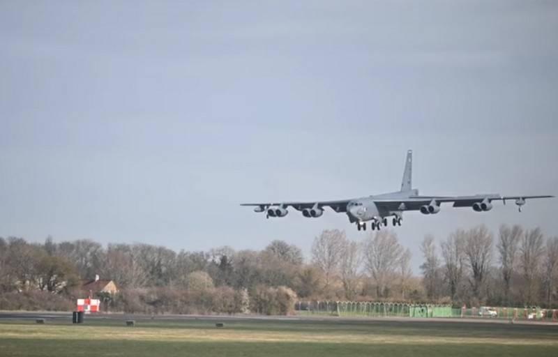 Учебная «бомбардировка»: самолеты ВВС США сымитировали авиаудар поКрыму