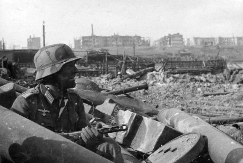 Aus einem Brief eines nationalsozialistischen Soldaten: Russen kämpfen nicht nach den Regeln
