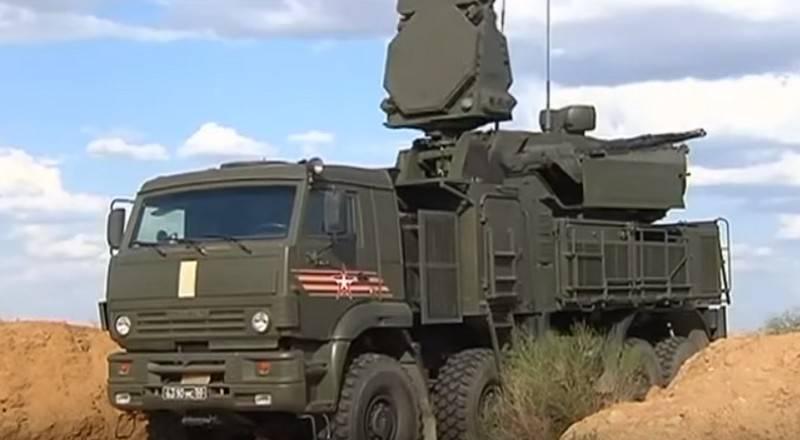 Русские  ЗРК С-400 впервый раз  задействуют научениях вне РФ