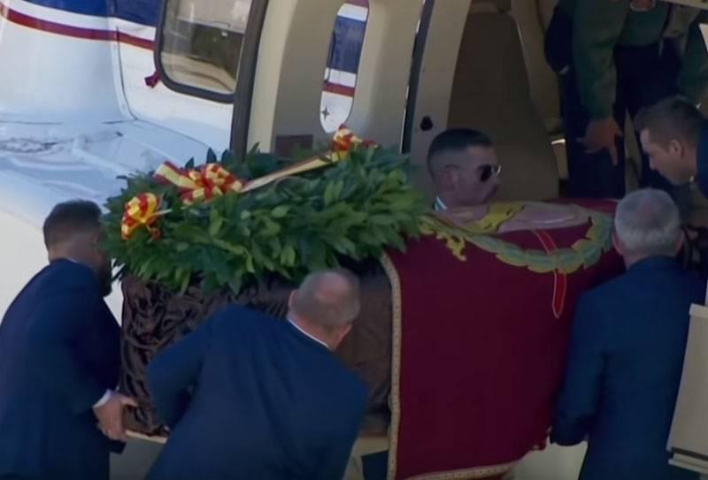 Les restes du dictateur Franco sont exhumés en Espagne