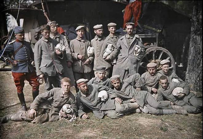 प्रथम विश्व युद्ध और उसके कानूनी स्रोतों के युद्ध के कैदी की स्थिति