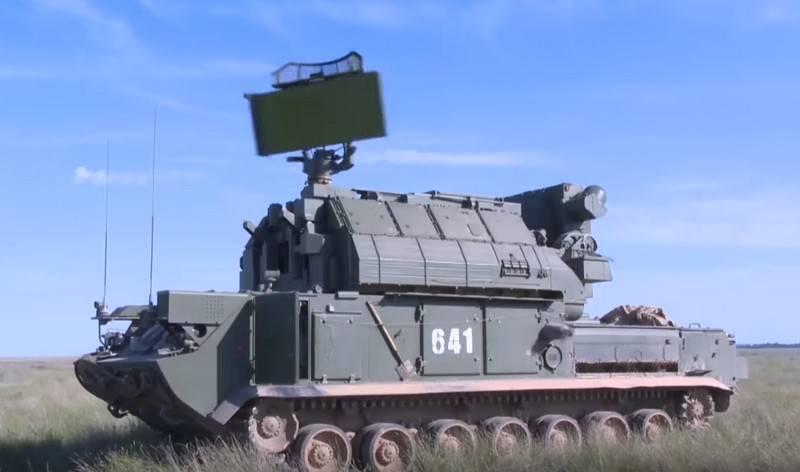 """Le système de défense aérienne du parti """"Tor-M2"""" est entré en service dans le régiment anti-aérien de la flotte de la Baltique"""