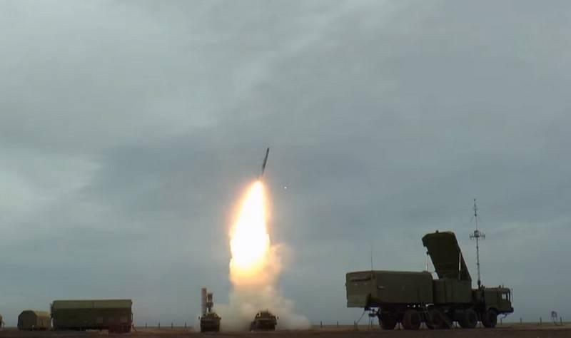 Cooper: a Rússia impede que os Estados Unidos vendam armas avançadas para outros países ao usar a C-400
