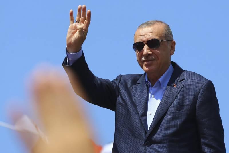 Турецкая армия вошла в Сирию, а напряглись в Незалежной