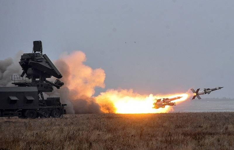 S-125 Pechora Flugabwehr-Raketensysteme für Marineziele wurden in der Ukraine getestet
