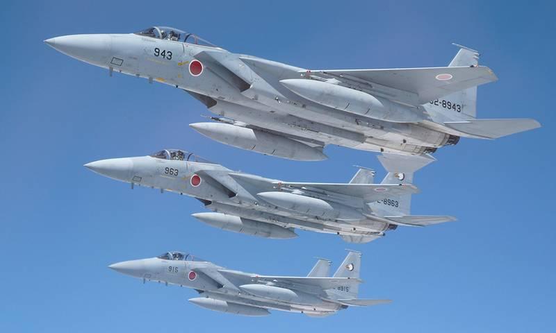 जापान ने लगभग सौ F-15J लड़ाकू विमानों को अपग्रेड किया