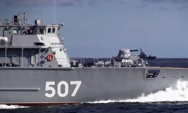 """मेरा जहाज """"अलेक्जेंडर ओबुखोव"""" - समुद्री इंजीनियरिंग में एक नया शब्द"""