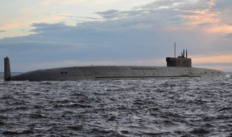 """The submarine """"Prince Vladimir"""" conducted underwater firing in the White Sea"""