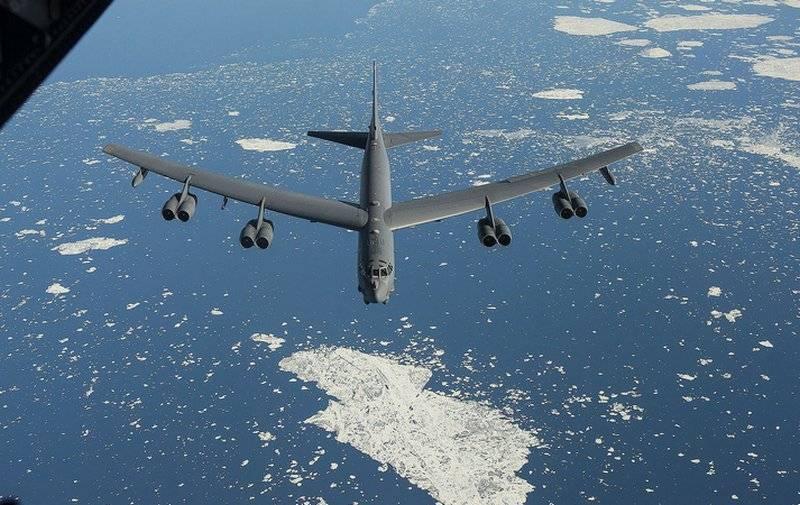 美国使用B-52轰炸机向俄罗斯发送信号