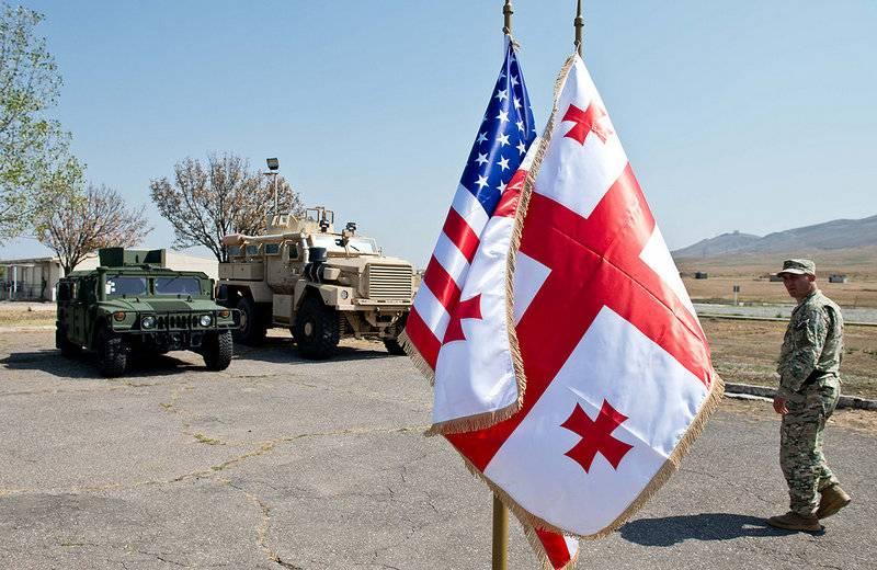 格鲁吉亚与美国签署了新的军事条约