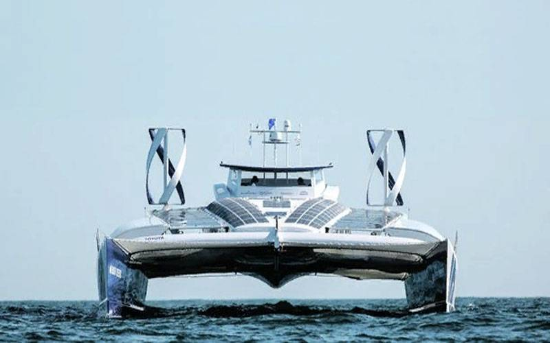 """In France, talked about improving the first """"hydrogen"""" catamaran"""