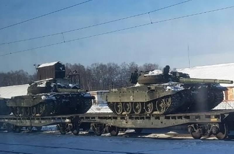 टैंक कहां गए? मुहरबंद परिवहन T-62 और T-72