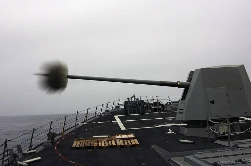 印度从美国购买海枪MK 45 Mod.4口径127-mm