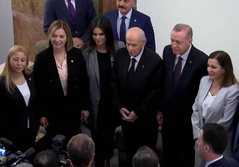 Турецкий политик не исключил новую попытку госпереворота из-за покупки С-400