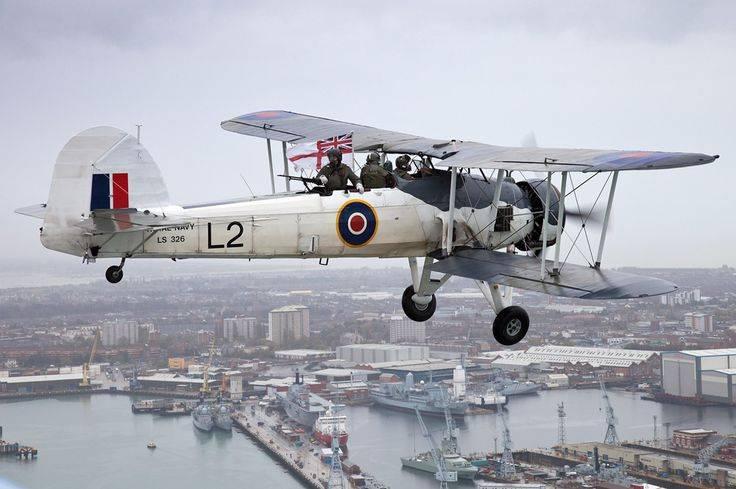 """Aviones de combate. Fairey """"Pez espada"""". Y ni siquiera se trata de Bismarck ..."""