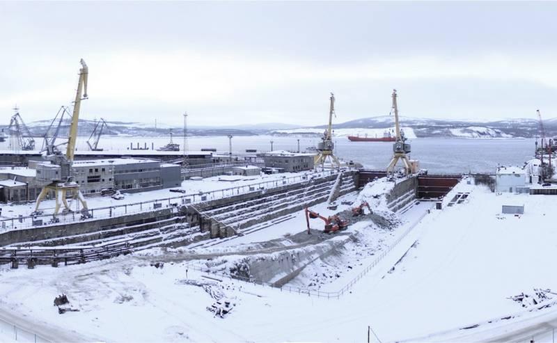 Continua o trabalho de modernização do cais seco no 35th Estaleiro do Centro Zvyozdochka