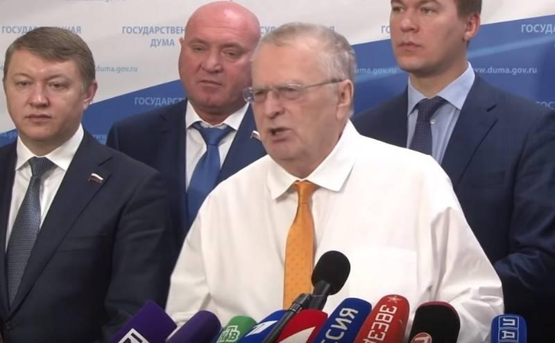 Zhirinovsky는 Yeltsin의 최악의 범죄를 불렀다