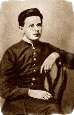 Революционер, учёный и 87-летний снайпер. Николай Александрович Морозов