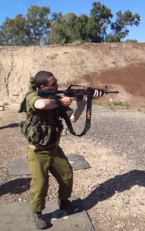 Во время песчаной бури с военной базы в Израиле похищены десятки винтовок M16