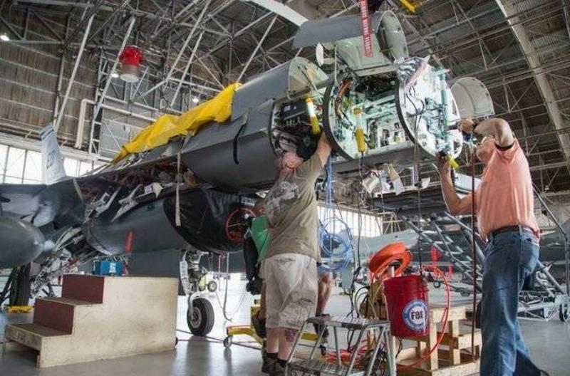 Американские истребители F-16 Fighting Falcon получат новые РЛС с АФАР