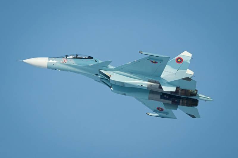 Два первых Су-30СМ для ВВС Армении заметили в Новосибирске