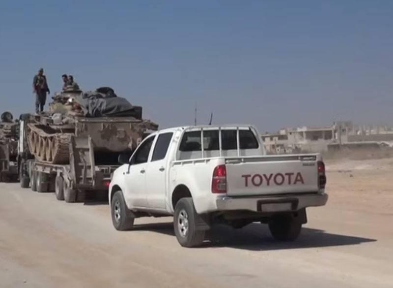 पूर्वी इदलिब में SAA की उन्नति के दौरान उग्रवादी पदों से भागते हैं