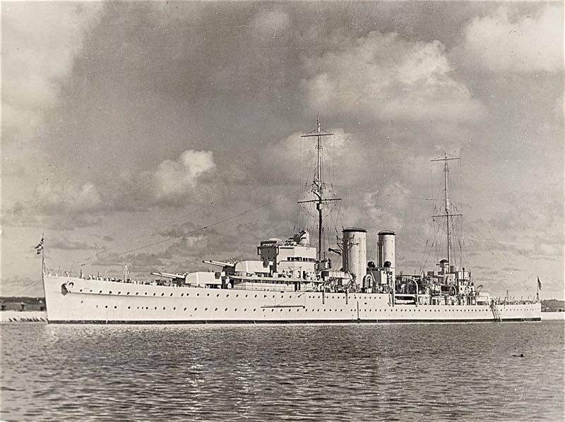 Kriegsschiffe. Neueste britische Light Heavy