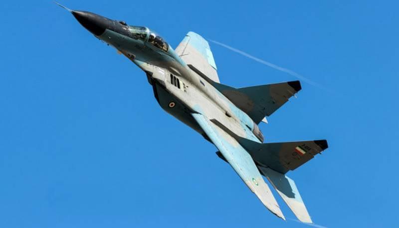 Força Aérea Iraniana MiG-29 cai perto do Azerbaijão