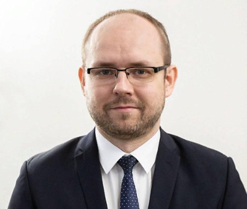 """""""这是斯大林主义的叙述"""":波兰外交部谈到了与俄罗斯大使的对话"""
