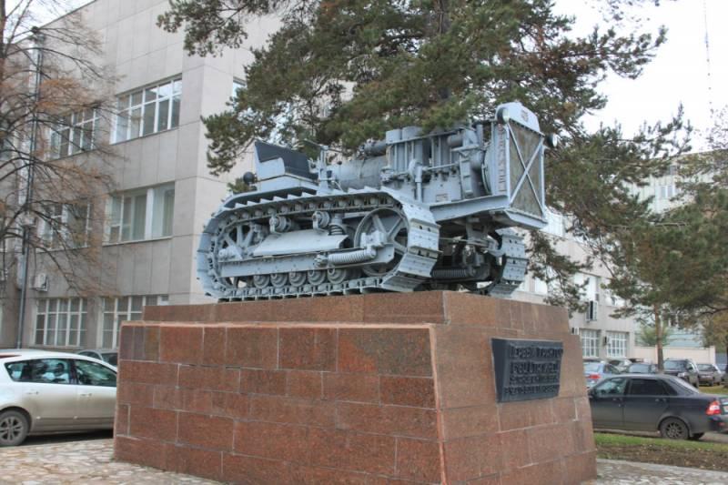 Челябинский тракторный завод. Танки и иностранцы