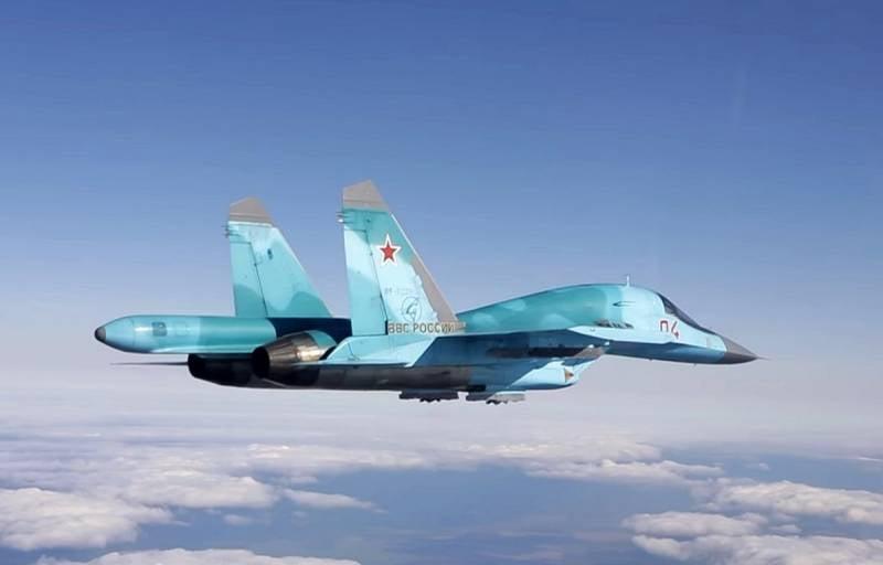 Модернизированный вариант бомбардировщика Су-34 появится к 2022 году